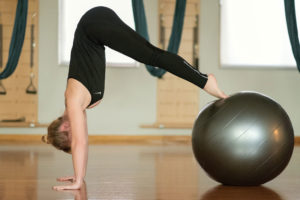 Sophia Fit Ball ZENME Yoga Pilates Center Athens Kolonaki Γιόγκα Πιλάτες Αθήνα Κέντρο Κολωνάκι